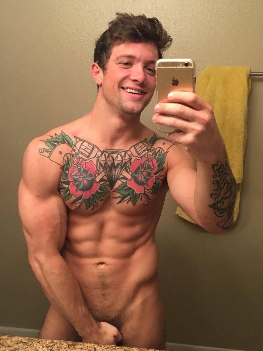 tatoo gay with iphone